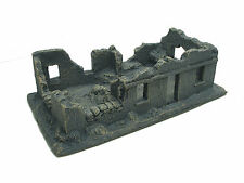 BOMBED OUT ONE STORY BUILDING MULTI ERA CAST FOAM ATHERTON SCENICS (#9601-UP)
