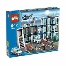 Lego CITY  7498 Police Station - NEW