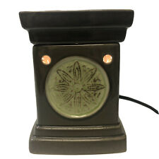 Scentsy Full-Size Green Lotus Emblem Wax Warmer with Bulb