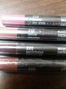 COVERGIRL LIP PERFECTION LIP LINER: CHOOSE YOUR COLOR Sealed Buy 1 Get 1 50% off