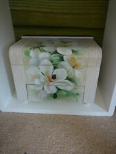 GORGEOUS UNIQUE HAND PAINTED SHABBY CHIC/COUNTRY COTTAGE BOX VANITY DRESSING