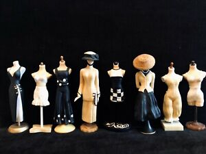 COLLECTIBLE  VINTAGE ~ THE LATEST THING IN FASHION