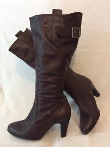 Limited Collection Brown Knee High Leather Boots Size 4.5
