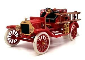 Franklin Mint 1/16 Scale FE49 - Ford Model T Fire Car - Red