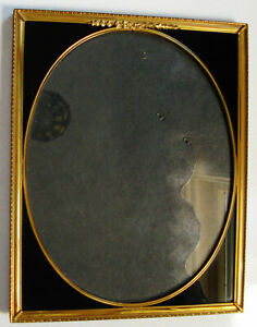 """VINTAGE ART DECO BRASS EASEL FRAME WITH BLACK REVERSE PAINTED CORNERS 8"""" X 10"""""""