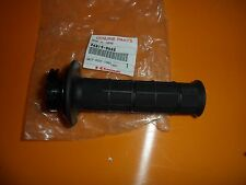 2005 05 KAWASAKI KX250 KX 250 RIGHT HAND HANDLEBAR THROTTLE GRIP 46019-0008 NOS