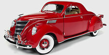 1937 Lincoln Zephyr RED 1:18  The Three Stooges 113