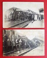 2 x Anlass Foto AK um 1915 Eisenbahn Unglück Unfall Waggon Typen    ( 19695