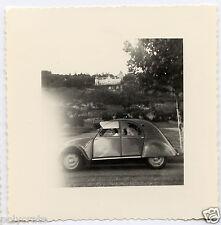 Voiture ancienne Citroën 2 CV - Photo ancienne