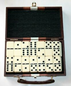 Vintage Dominoes set - Complete with leather box - Excellent condition