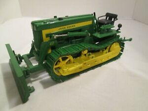 Ertl John Deere 420 Crawler Dozer Die Cast Toy Tractor Blade Collector Edition