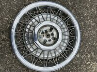"""1983 -1990 Lincoln Town Car  15"""" Wire SPOKE  Hubcap WHEEL COVER #2"""