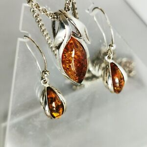 Sterling Silver Amber Necklace And Earrings 21 Grams HM CBL 22 Inch HM Chain
