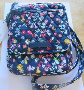 Vera Bradley SCATTERED WILDFLOWERS Mini Hipster-flowers-navy blue  3 compartment