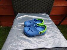 INFANT BOYS USED BLUE CROCS SIZE 8