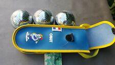 Triplette de boules de pétanque de loisir OBUT avec étui. 600 g  75 mm.