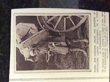 b1H ephemera 1916 picture ww1 rickmansworth women farm worker loads truck