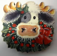 Vintage Christmas Wreath On Cow With Moose Horn Pin Brooch
