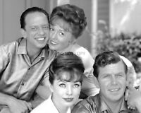 """ANDY, BARNEY, HELEN & THELMA LOU IN """"THE ANDY GRIFFITH SHOW"""" 8X10 PHOTO (EP-016)"""