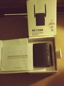 NEXTBOX AC1200 Dual Band 2.4 and 5GHz WiFi Repeater/Signal Booster NEW OPEN BOX
