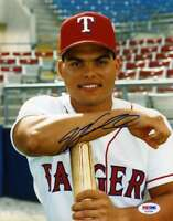 Ivan Rodriguez Psa Dna Hand Signed 8x10 Photo  Authentic Autograph