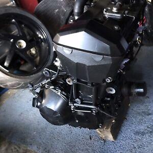 Kawasaki Z750 R Engine Motor
