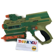 2005 Hasbro GI Joe green & orange blaster dart gun toy with lights & sound