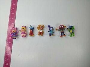Muppet Babies 8 Piece Collectible Figure Pack Rocksplosion Piggy Kermit Figurine