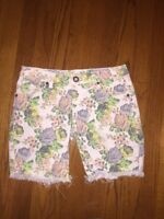 Volcom FLORAL Night Walks Skinny Bermuda Women's Shorts Jeans Juniors SZ 1