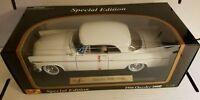 MAISTO 1956 CHRYSLER 300B SPECIAL EDITION 1:18 SCALE DIE CAST