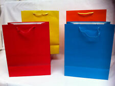 JOB LOT OF 100 NEW LARGE GIFT BAGS MIXED PLAIN SOLID COLOURS 26.5CM X 33CM