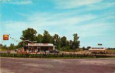 A View Of The Robbie-Ann Shell Service Station, Dunn, North Carolina NC 1967
