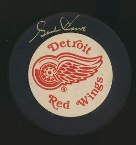Gordie Howe Signed/ Autographed Detroit Red Wings Puck w/#9 JSA COA RR55028 (JM)