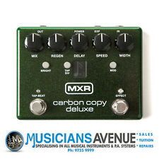 MXR M292 Carbon Copy Deluxe Analog Delay Pedal
