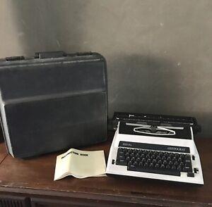 Vintage Royal Aristocrat Electric Typewriter Black & White