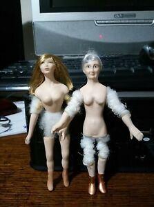 2 Dolls House Dolls to dress