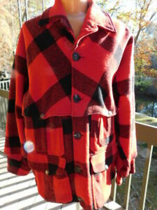 C.C. FILSON vintage 100% WOOL RED/BLACK buffalo PLAID shirt JACKET button COAT S