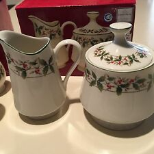 Holly Elegance by Canterbury Creamer and Sugar Set With 2 Sets Salt And Pepper