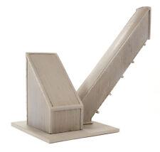 44-100 Bachmann Scenecraft OO/HO Gauge Loading Conveyor and Hopper
