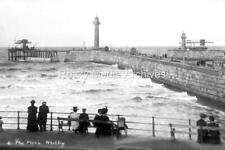 Ztr-39 The Piers, Whitby, North Yorkshire. Photo
