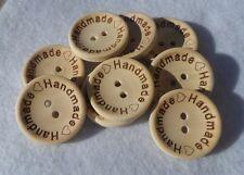 """8 Bottoni Tondi in Legno Naturale con Scritta """"Handmade"""" 25mm"""