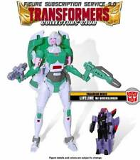 Transformers TFCC 5.0 Lifeline Collectors Club Arcee Generations Paradron Medic