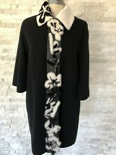 Pre-owned FENDI Black Wool Cape Coat with removable White Fur Collar size 42