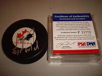 Roberto Luongo Signed Canada Hockey Puck 2010 Gold PSA/DNA COA Autographed a