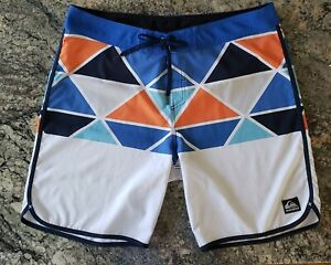 Quiksilver Men's 20 Inch Board Shorts - Size 38, Blue, White, Orange
