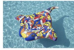 H2OGO Pop Stingray Fiesta Inflatable Island Pool/River float One Island
