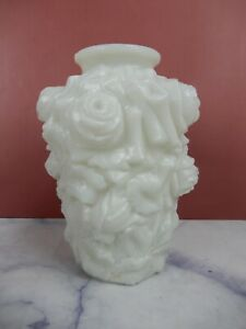 "Vintage Milk Glass "" La Bella"" Vase Open Roses Imperial 3-d Puffy Goofus"