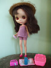 Blythe clothes: knitwear with free accessories. No doll.