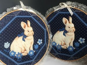 Vintage Pair Country Rabbit Flowers Lace Wall Art Hanging Round Home Deco