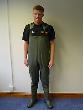 Dunlop Safety Chest Waders 152VP.PT c/w mid sole size 8 UK 42 EUR